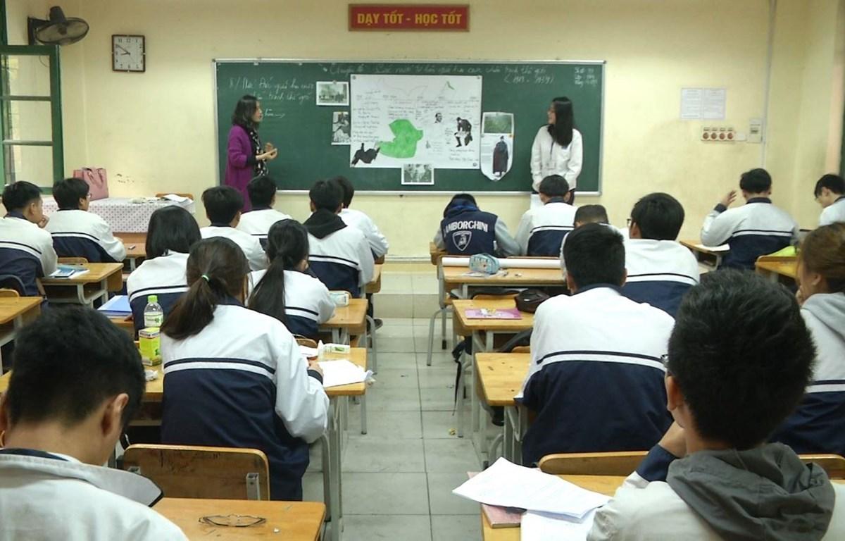 Đề giáo dục trẻ cần sự vào cuộc của cả gia đình, nhà trường, xã hội. (Ảnh minh họa: PV/Vietnam+)