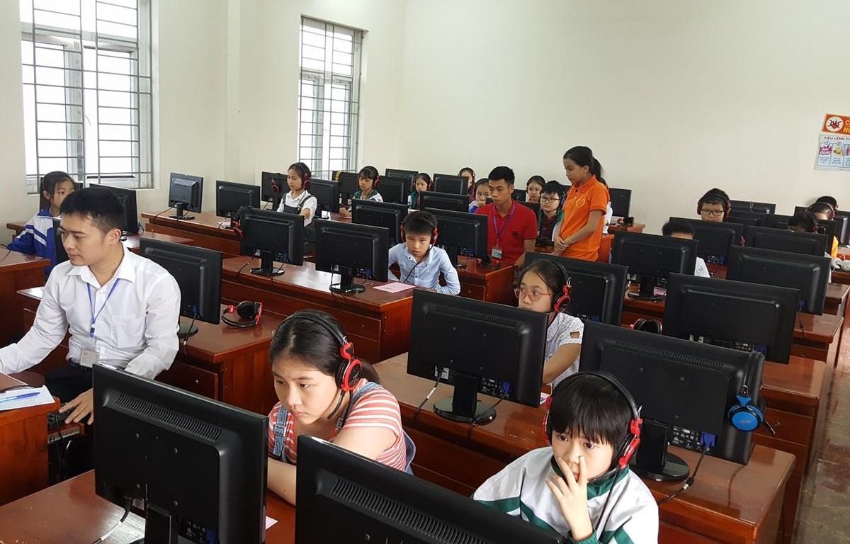 Học sinh dự thi Violympic năm học 2018-2019. (Ảnh: PV/Vietnam+)