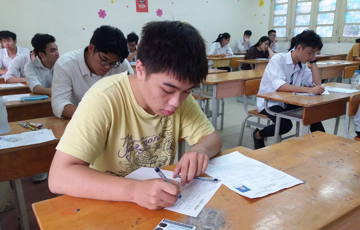 Thí sinh dự thi Trung học phổ thông quốc gia năm 2019. (Ảnh: Phạm Mai/Vietnam+)