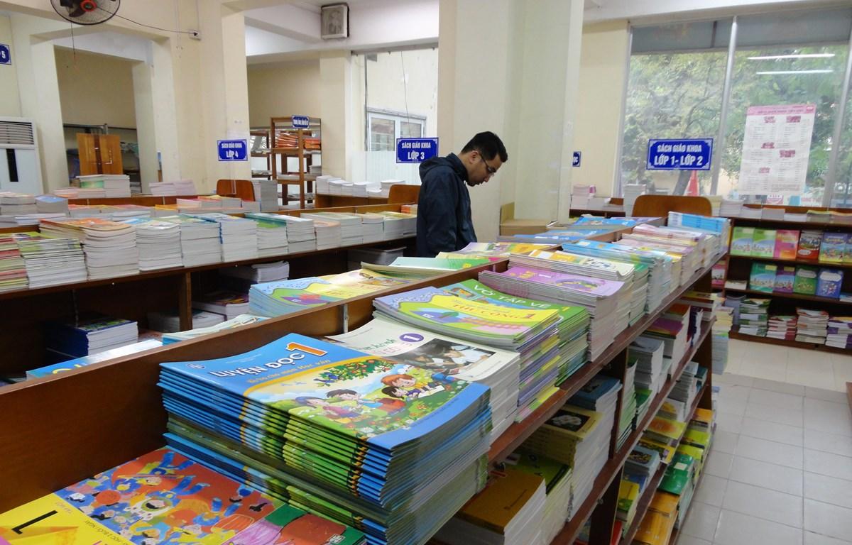 Sách giáo khoa lớp một mới sẽ được sử dụng từ năm học 2020-2021. (Ảnh: Phạm Mai/Vietnam+)