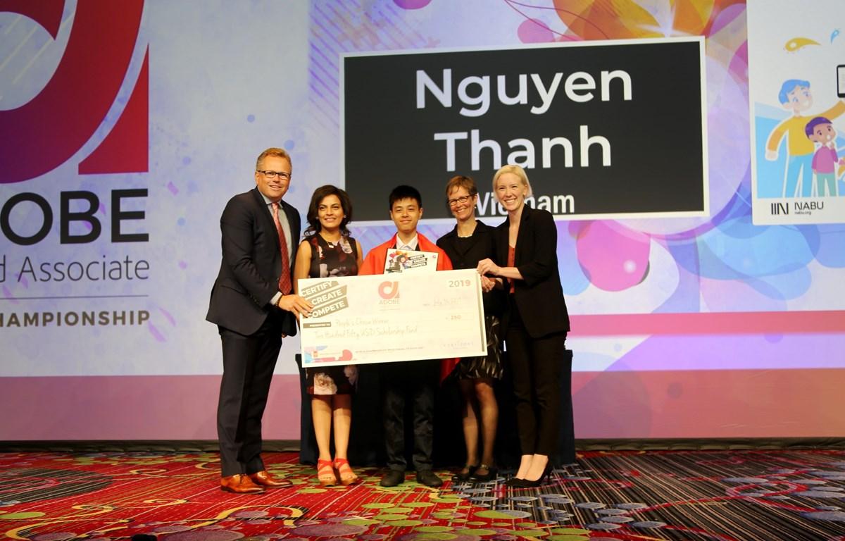 Nguyễn Thanh xuất sắc dành giải Khán giả bình chọn. (Ảnh: PV/Vietnam+)