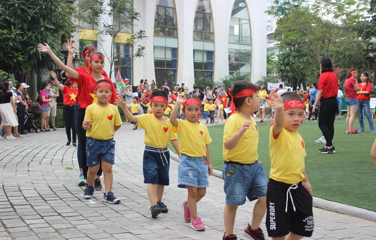 Thiếu giáo viên, nhất là giáo viên mầm non là một trong những tồn tại của ngành giáo dục hiện nay. (Ảnh: PV/Vietnam+)