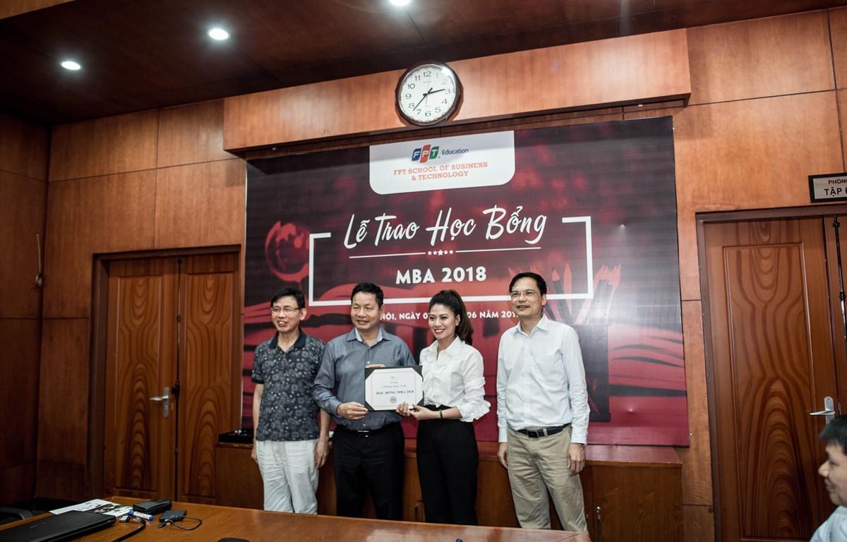 FPT trao học bổng cho ứng viên năm 2018. (Ảnh: PV/Vietnam+)