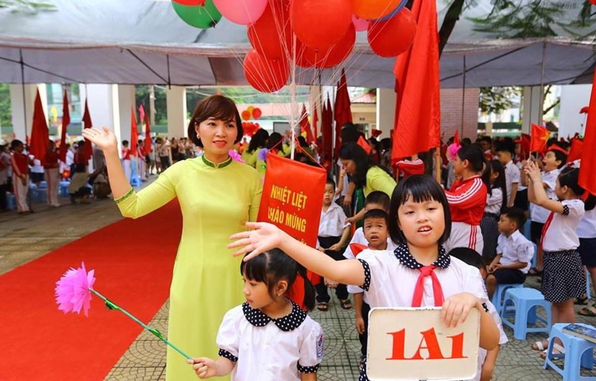 Chương trình giáo dục phổ thông mới sẽ áp dụng đại trà từ năm học 2020-2021, bắt đầu với lớp 1. (Ảnh: PV/Vietnam+)