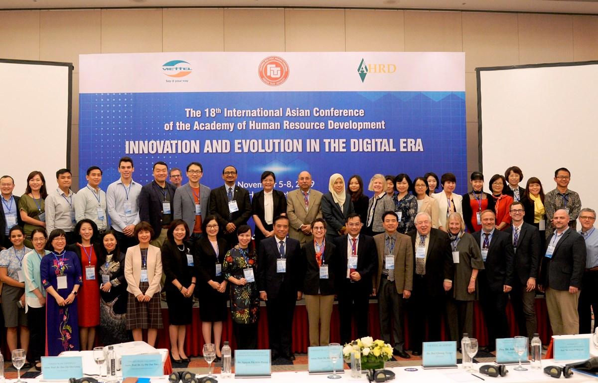 Hội thảo đã thu hút sự tham gia của các đại biểu đến từ 17 quốc gia. (Ảnh: PV/Vietnam+)