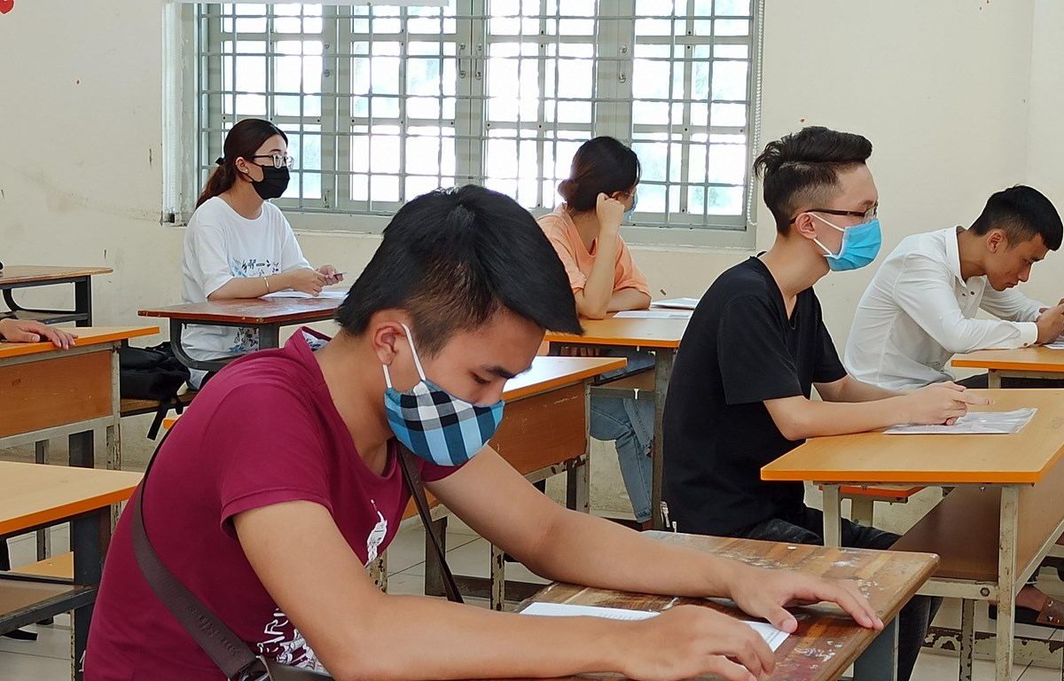 Thí sinh dự thi Tốt nghiệp Trung học phổ thông. (Ảnh: PV/Vietnam+)