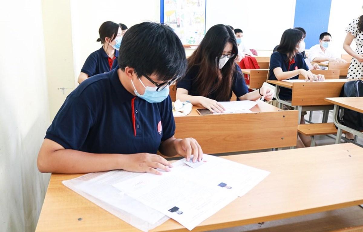 Thí sinh dự thi Tốt nghiệp Trung học phổ thông. (Ảnh: Nguyên An/Vietnam+)