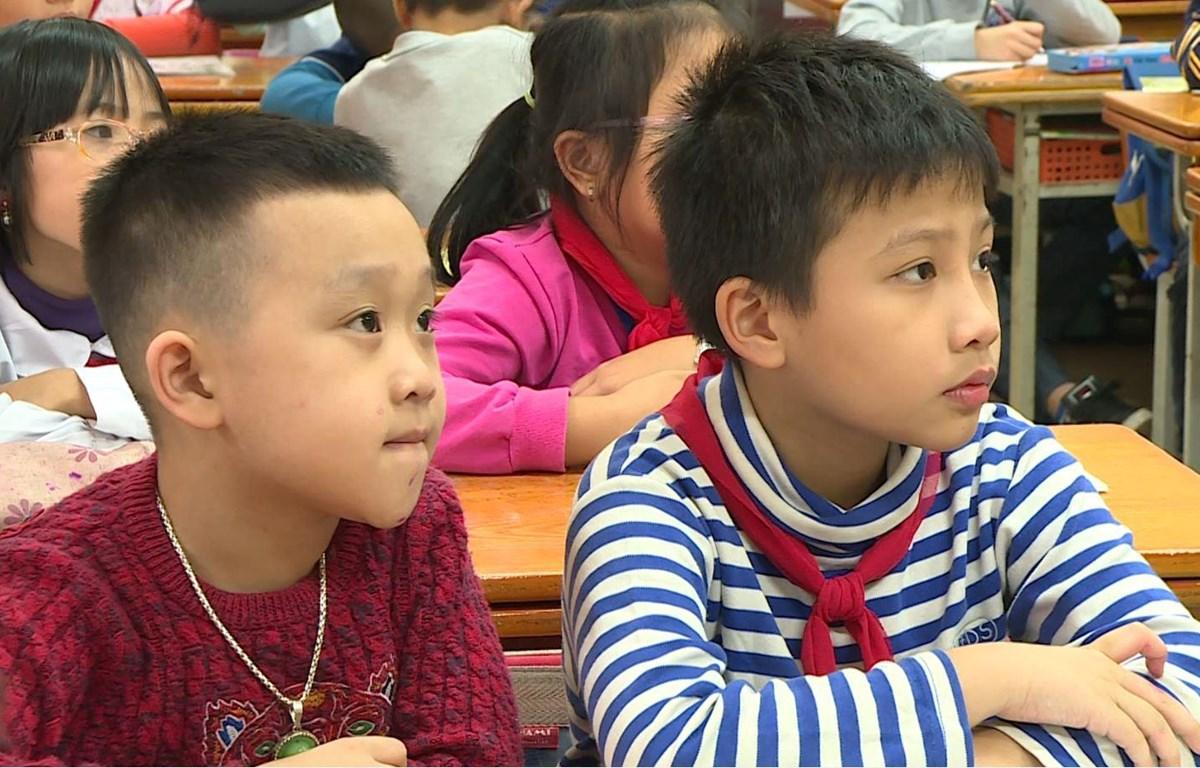Học sinh sẽ không còn bị phê bình trước lớp .(Ảnh: PM/Vietnam+)