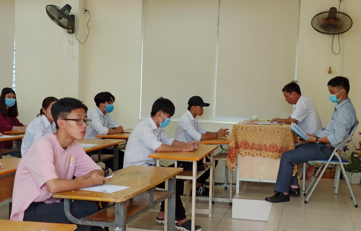 Học sinh dự thi Tốt nghiệp Trung học phổ thông năm 2020. (Ảnh: Phạm Mai/Vietnam+)