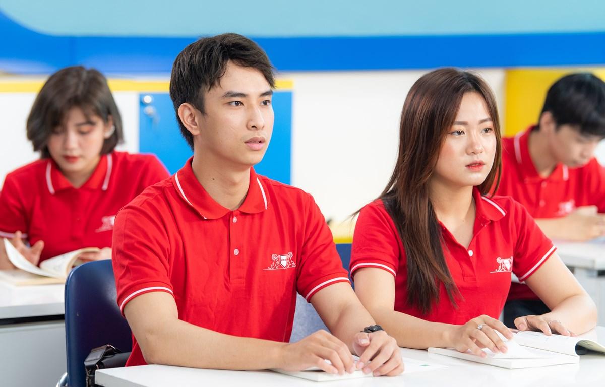 Các chính sách học bổng sẽ góp phần hỗ trợ tài chính cho tân sinh viên. (Ảnh: CTV/Vietnam+)