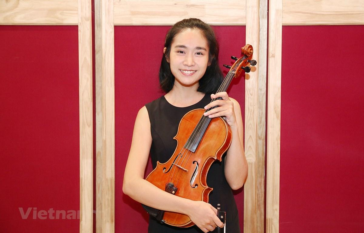 Patcharaphan Khumprakob, nghệ sỹ viola tốt nghiệp tại Áo, sẽ biểu diễn trong chương trình. (Ảnh: BTC)
