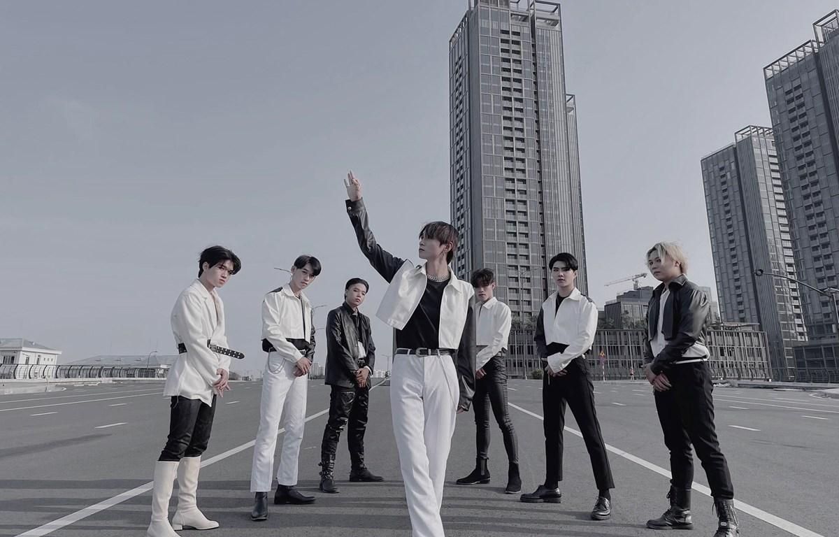 Nhóm nhảy K-pop Lucifier sẽ góp mặt trong chương trình. (Ảnh: BTC)