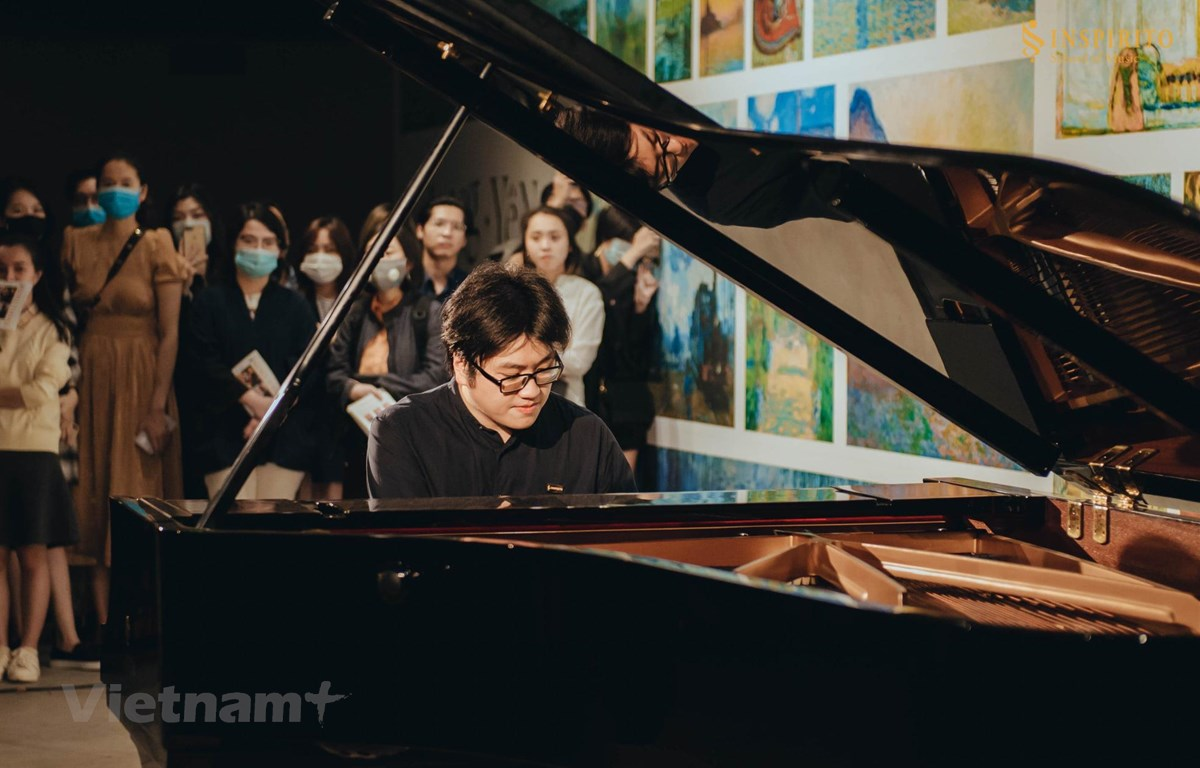 Nghệ sỹ piano Lưu Đức Anh, người sáng lập Inspirito School of Music, sẽ kết nối các nghệ sỹ trong chuỗi hòa nhạc thế kỷ 20. (Ảnh: Inspirito)