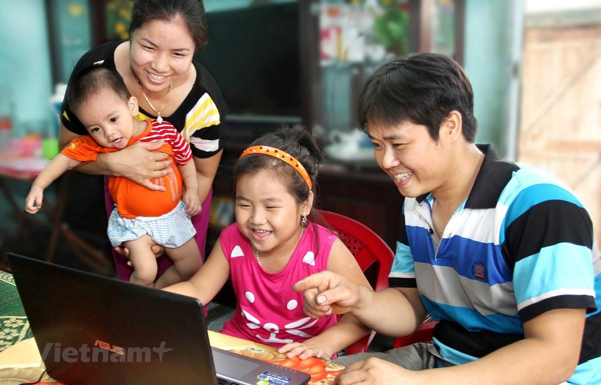 Trưng bày tôn vinh những giá trị tốt đẹp của gia đình. (Ảnh: Bảo tàng Phụ nữ Việt Nam)
