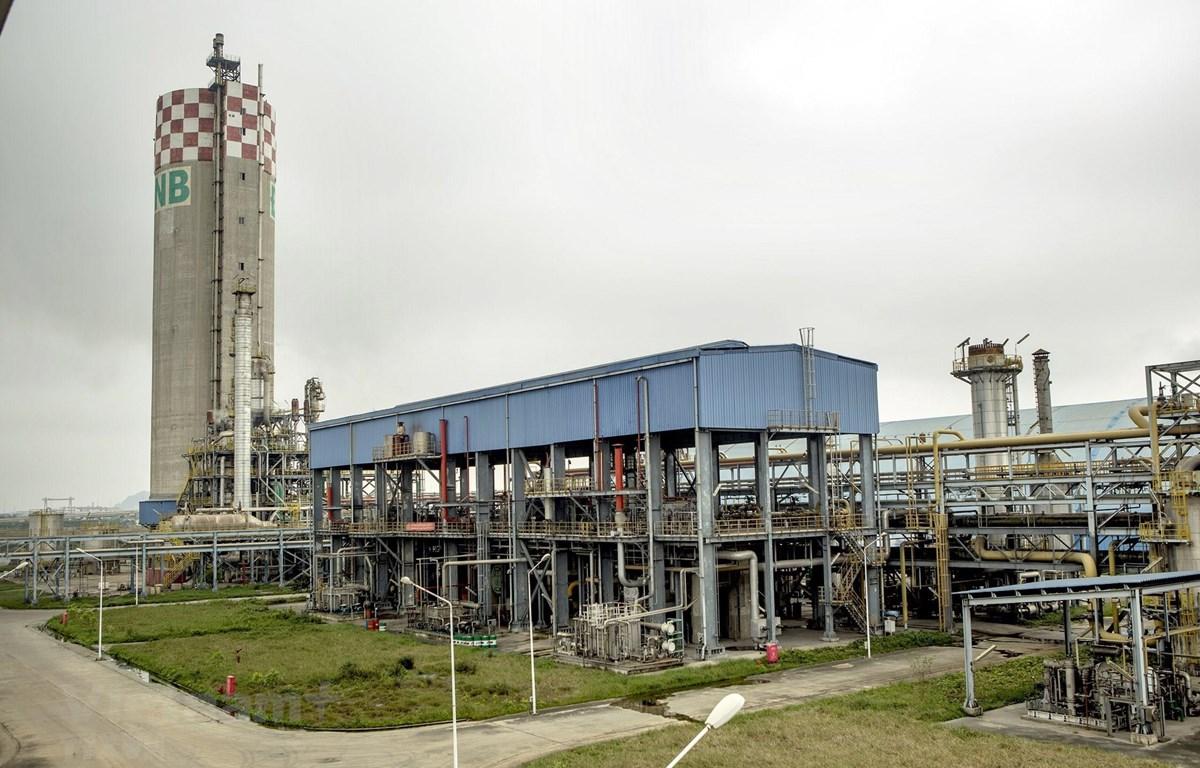 Nhà máy Đạm Ninh Bình, một trong 12 dự án nghìn tỷ đang thua lỗ. (Ảnh: Hoàng Hùng/TTXVN)