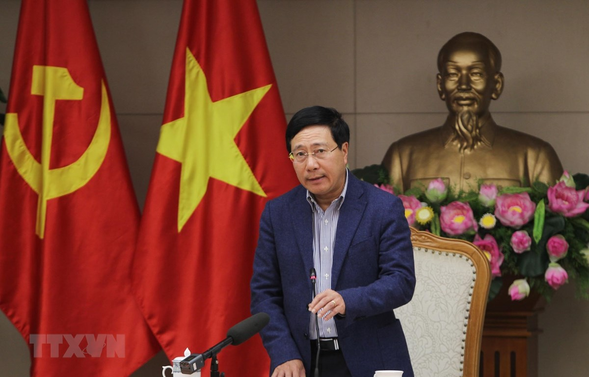 Phó Thủ tướng, Bộ trưởng Bộ Ngoại giao Phạm Bình Minh phát biểu chỉ đạo các đơn vị phối hợp chuẩn bị tổ chức Hội nghị Thượng đỉnh Mỹ-Triều Tiên lần 2. (Ảnh: Lâm Khánh/TTXVN)