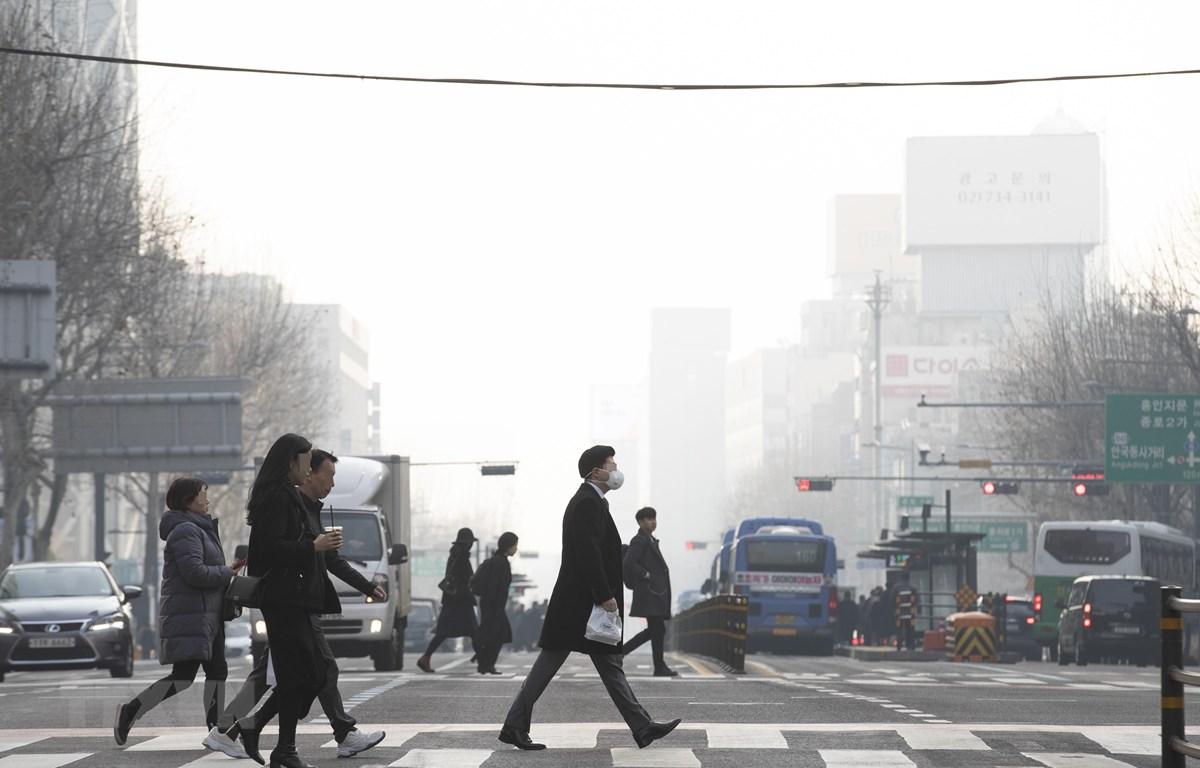 Bụi mịn bao phủ bầu trời Seoul, Hàn Quốc, ngày 22/2/2019. (Nguồn: Yonhap/TTXVN)