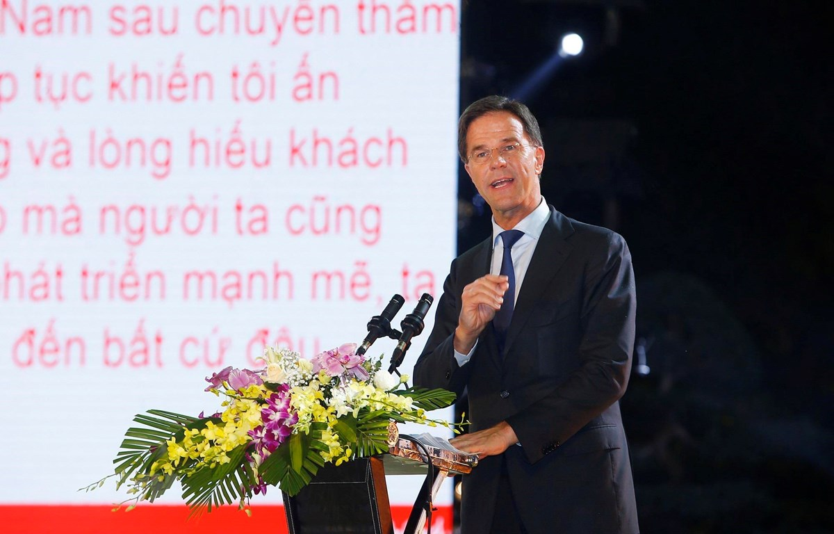 Thủ tướng Hà Lan Mark Rutte phát biểu tại chương trình thời trang Hà Lan tại Hà Nội. (Ảnh: Lâm Khánh/TTXVN)