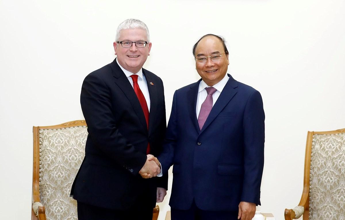 Thủ tướng Nguyễn Xuân Phúc tiếp Ngài Craig Chittick, Đại sứ Australia tại Việt Nam đến chào từ biệt, kết thúc nhiệm kỳ công tác. (Ảnh: Thống Nhất/TTXVN)