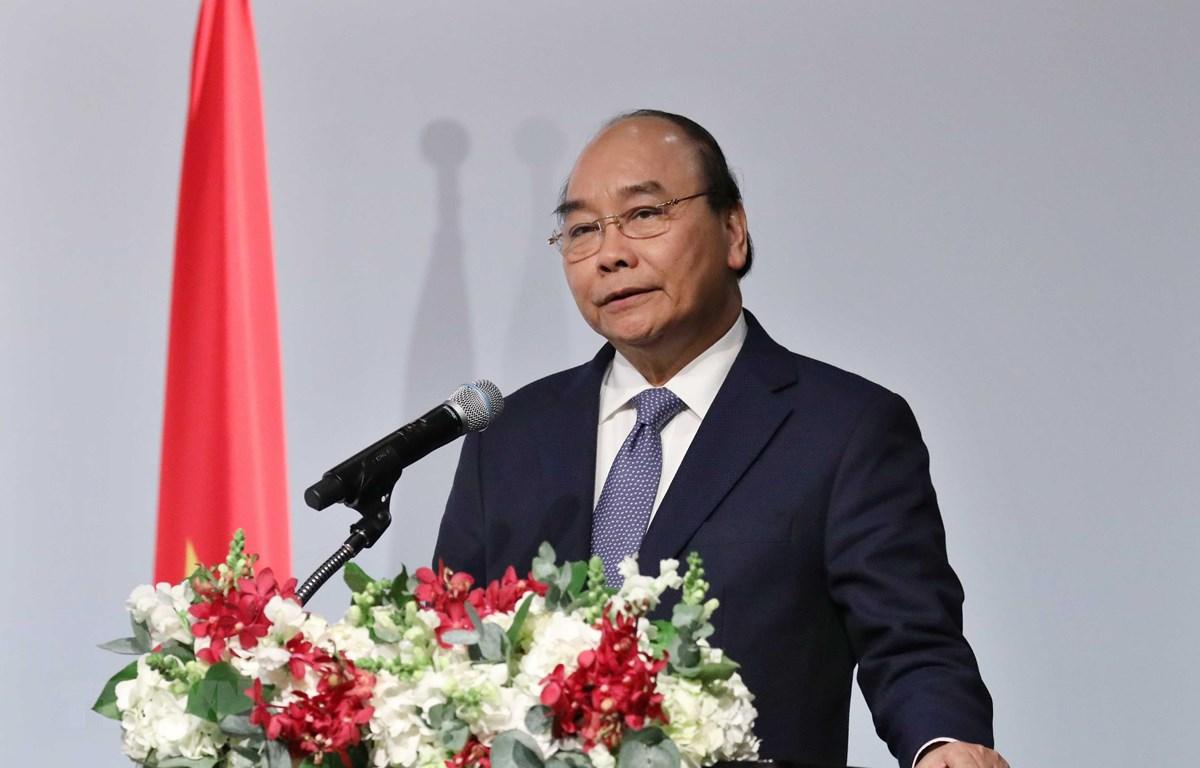 Thủ tướng Nguyễn Xuân Phúc phát biểu tại Diễn đàn doanh nghiệp Việt Nam-Hàn Quốc. (Ảnh: Thống Nhất/TTXVN)