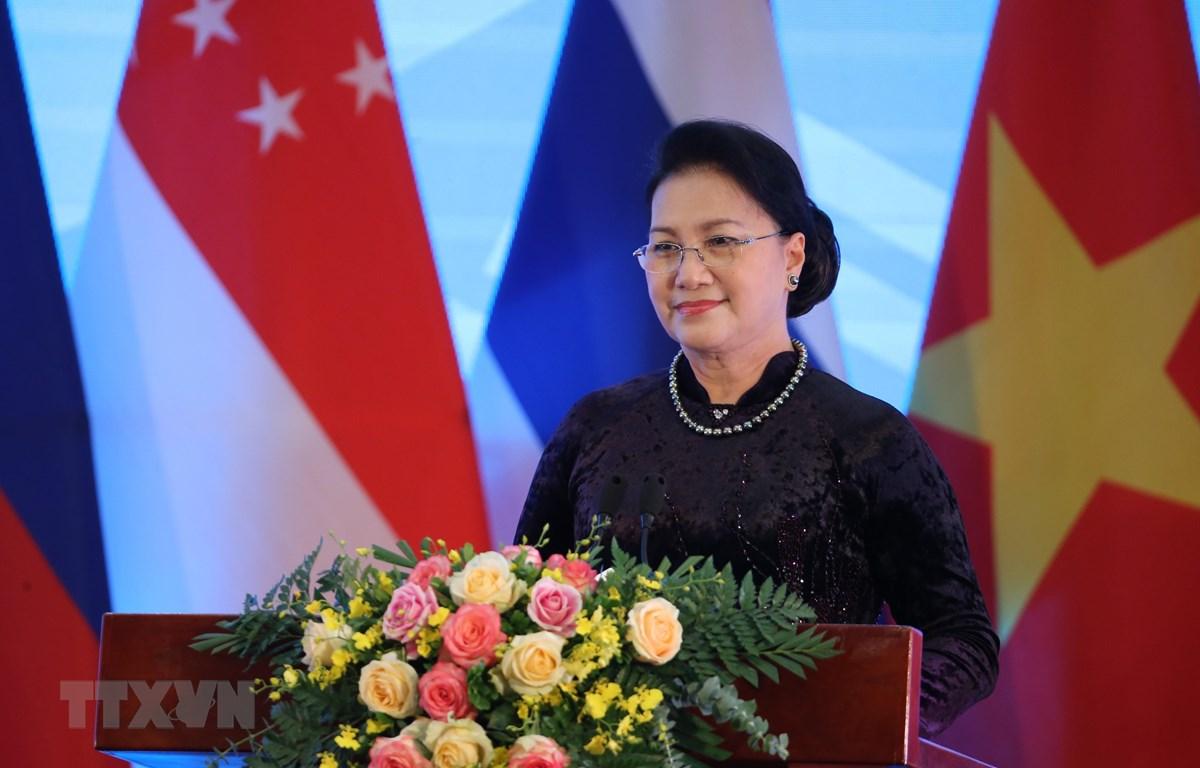 Chủ tịch Quốc hội Nguyễn Thị Kim Ngân, Chủ tịch AIPA 41 phát biểu bế mạc. (Ảnh: Dương Giang/TTXVN)