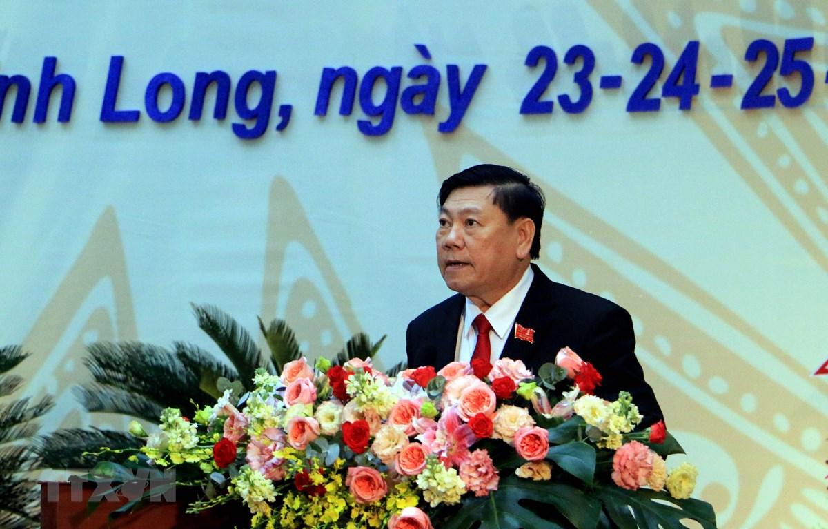 Ông Trần Văn Rón phát biểu bế mạc đại hội. (Ảnh: Phạm Minh Tuấn/TTXVN)