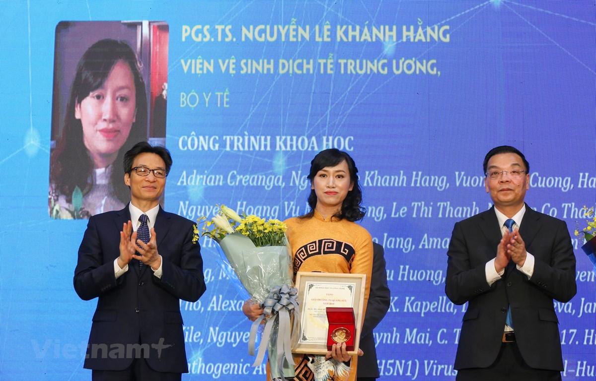 Phó Giáo sư - Tiến sỹ Nguyễn Lê Khánh Hằng, Viện Vệ sinh Dịch tễ Trung ương là nhà khoa học nữ đầu tiên nhận Giải thưởng Tạ Quang Bửu. (Ảnh: Minh Sơn/Vietnam+)