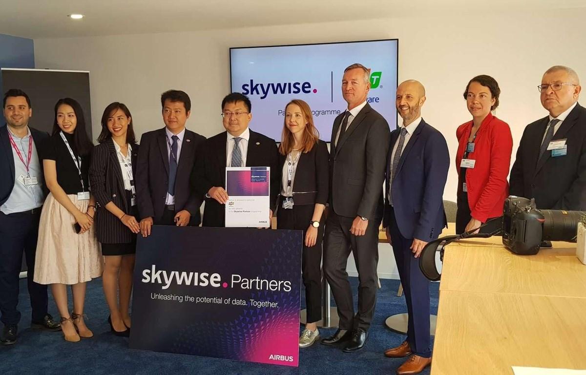FPT đã trở thành một trong 5 đối tác đầu tiên trên thế giới cùng Airbus khởi động chương trình đối tác nền tảng Skywise. (Ảnh: FPT)