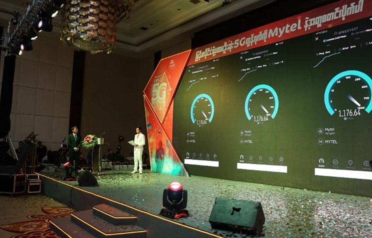 Mytel tiến hành kiểm tra tốc độ mạng 5G trong dịp ra mắt tại Myanmar. (Ảnh: Viettel)