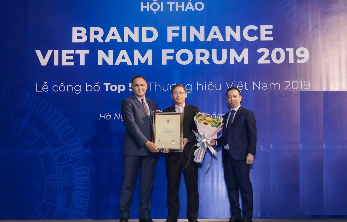 MobiFone đứng thứ 6 trong Top 50 thương hiệu giá trị nhất Việt Nam 2019. (Ảnh: MobiFone)