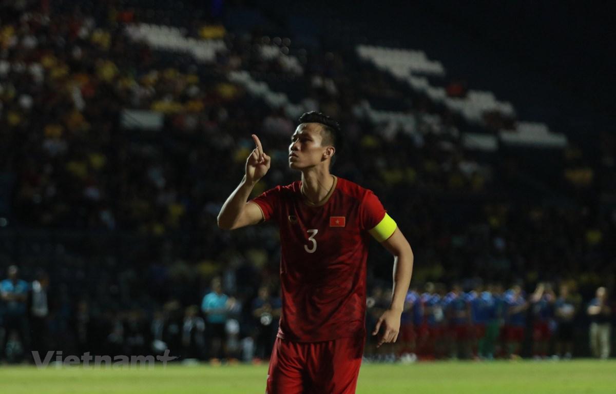 Việt Nam á quân King's Cup 2019, nhưng vẫn thăng tiến trên bảng xếp hạng FIFA. (Ảnh: Nguyên An/Vietnam+)
