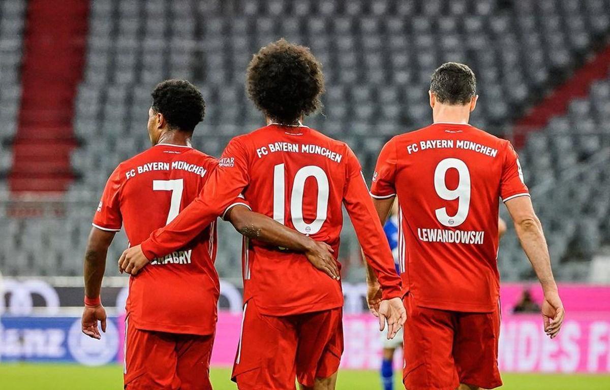 Số 7 Gnabry, số 10 Sané và số 9 Lewandowsky có trận khai mạc mùa giải hoàn hảo (Nguồn: Fcb.com)
