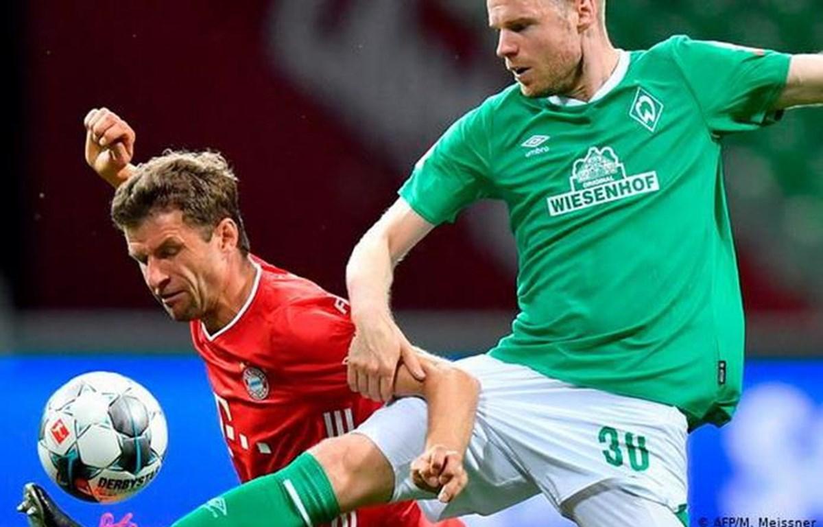 Thomas Müller bên phía Bayern trong 21 trận có mặt ra sân khi gặp Bremen chưa biết thua là gì!(Nguồn: Dfb.de)