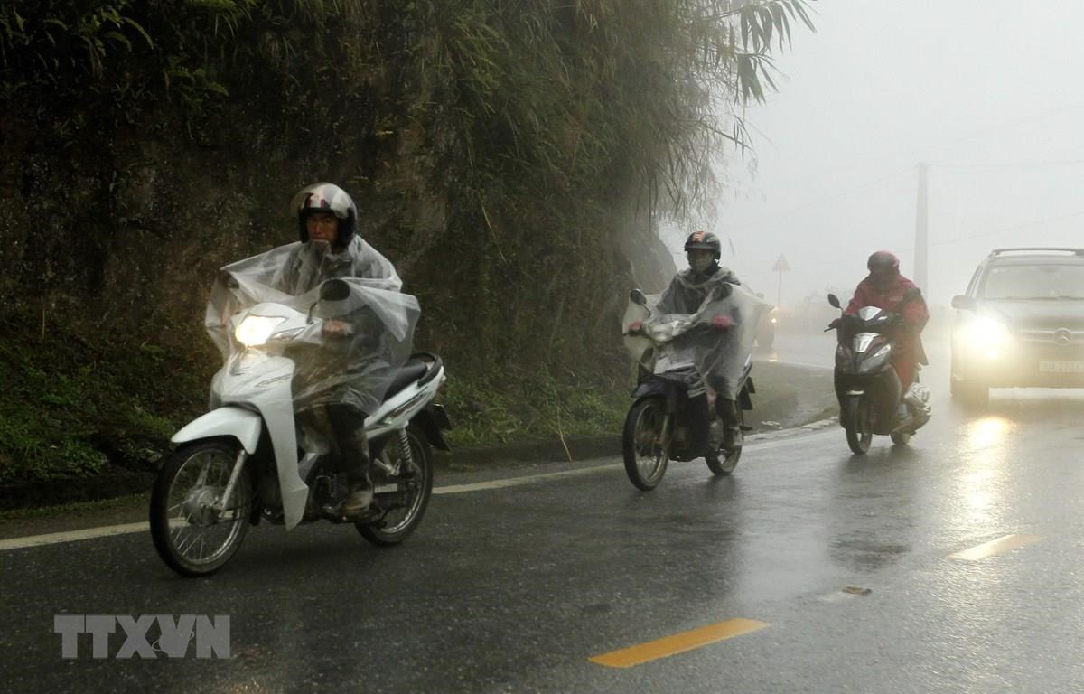 Bắc Bộ và Bắc Trung Bộ có mưa rào và dông rải rác. (Ảnh: Quốc Khánh/TTXVN)