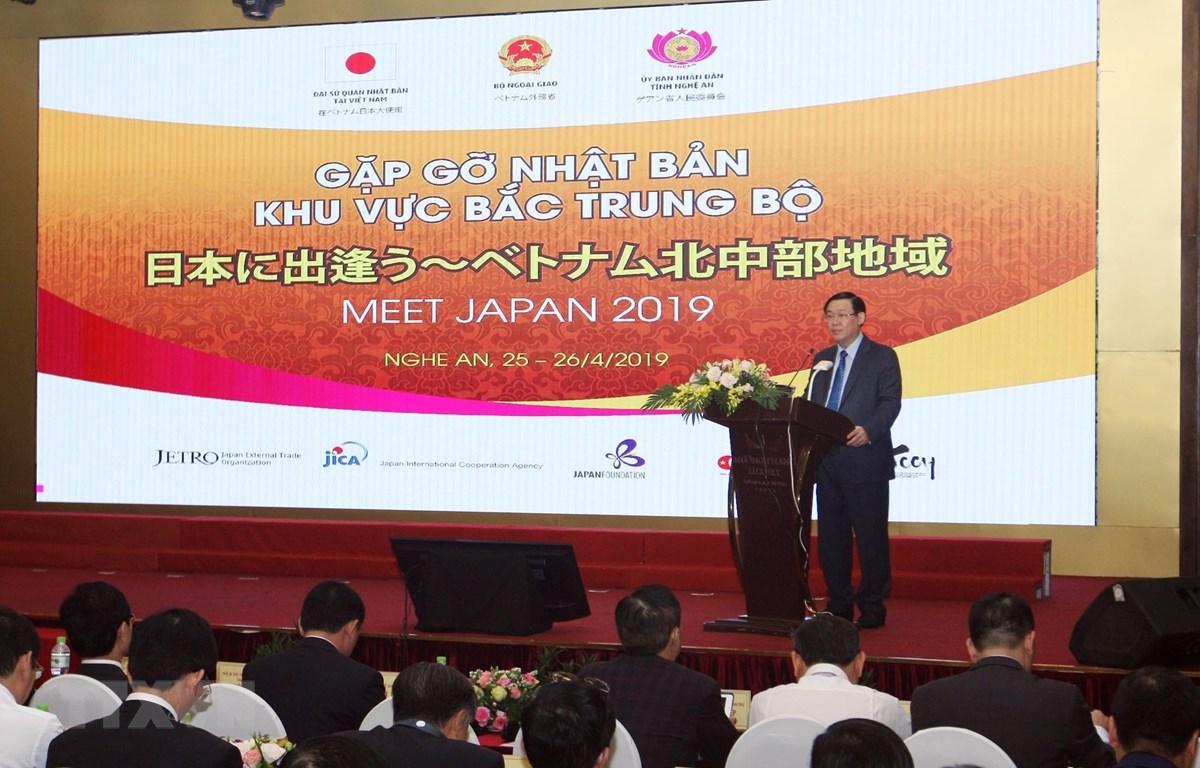 Phó Thủ tướng Vương Đình Huệ phát biểu tại hội nghị. (Ảnh: Nguyễn Dân/TTXVN)