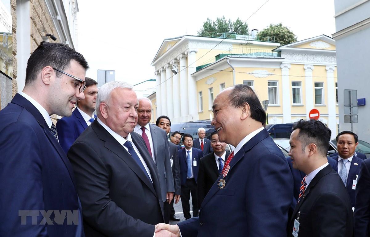Thủ tướng Chính phủ Nguyễn Xuân Phúc rời thủ đô Moskva, kết thúc tốt đẹp chuyến thăm chính thức Liên bang Nga và lên đường sang thủ đô Oslo, bắt đầu thăm chính thức Na Uy. (Nguồn: Thống Nhất/TTXVN)