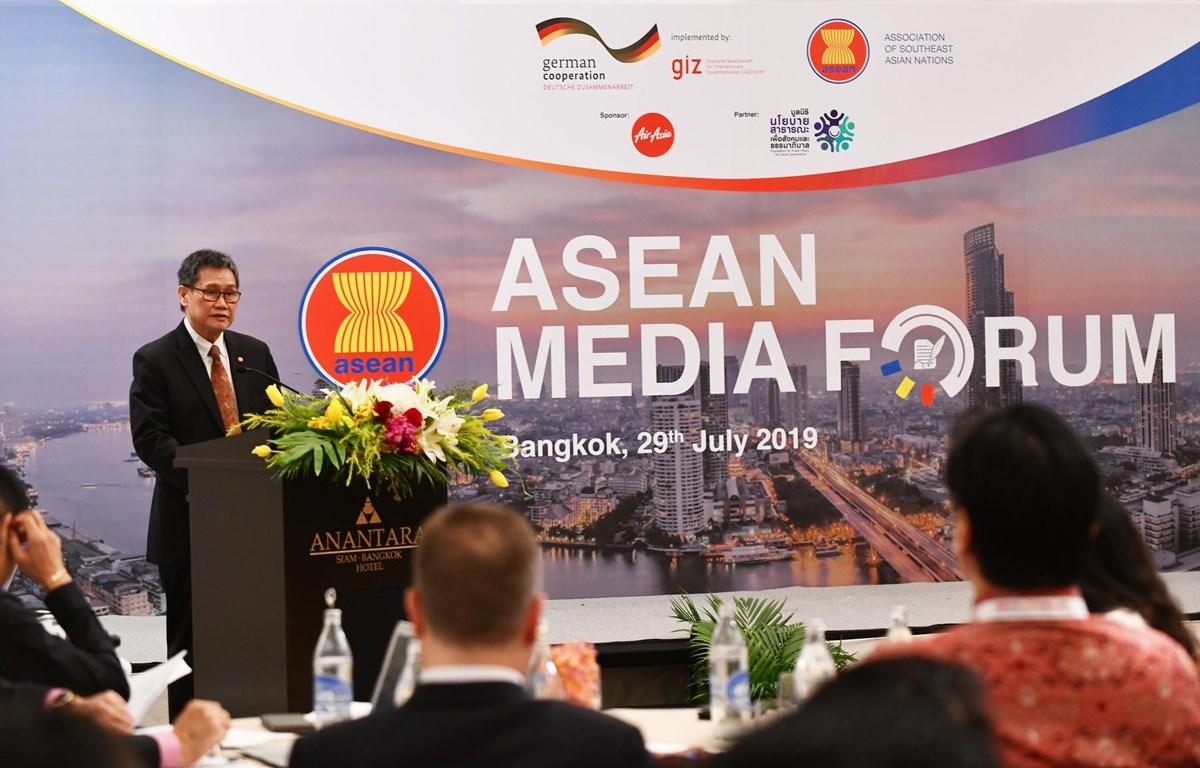 Tổng Thư ký ASEAN Dato Lim Jock Hoi phát biểu tại hội nghị. (Nguồn: Vietnam+)