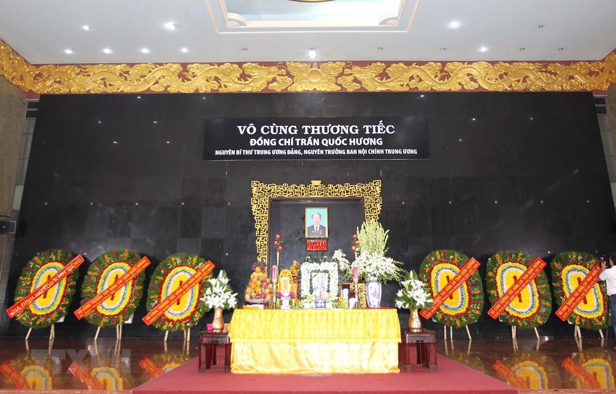 Quang cảnh lễ viếng đồng chí Trần Quốc Hương. (Ảnh: Thanh Vũ/TTXVN)