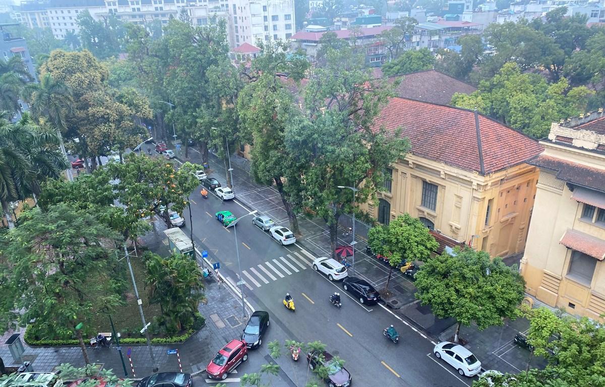 Góc phố đường Lý Thường Kiệt-Lê Thánh Tông sáng sớm ngày 25/2. (Ảnh: Vietnam+)