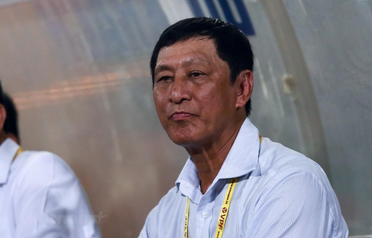 Huấn luyện viên Vũ Quang Bảo rời 'ghế nóng' câu lạc bộ Thanh Hóa. (Ảnh: Nguyên An/Vietnam+).