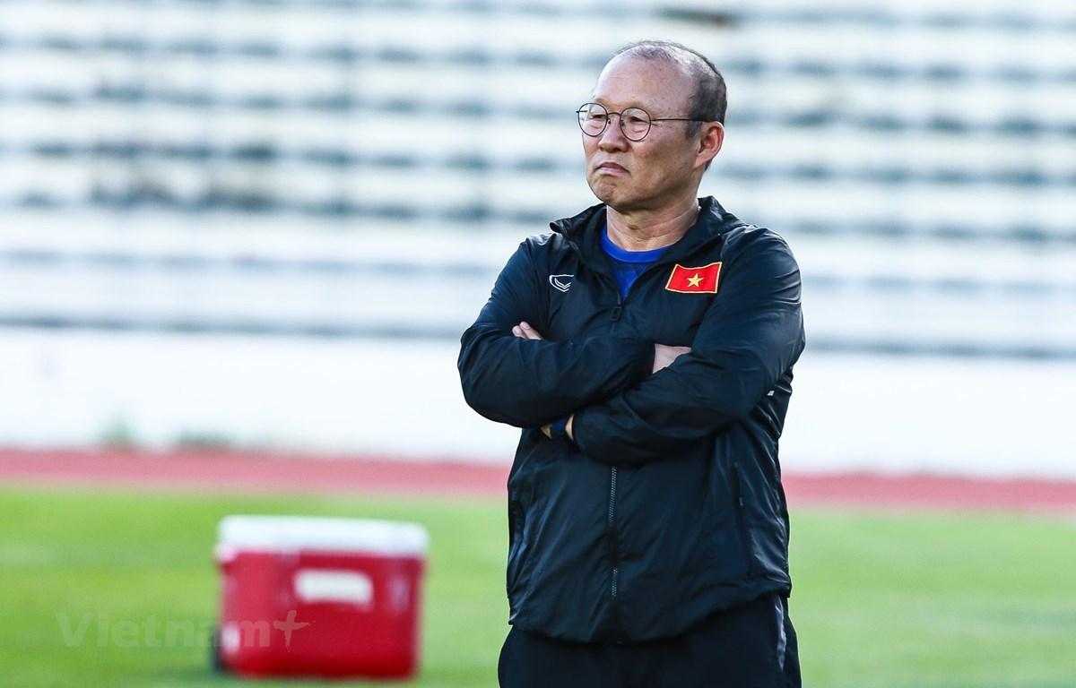 Huấn luyện viên Park Hang-seo có quan điểm riêng khi chọn lựa các cầu thủ lên tuyển Việt Nam chuẩn bị cho trận đấu với Thái Lan. (Ảnh: Nguyên An)