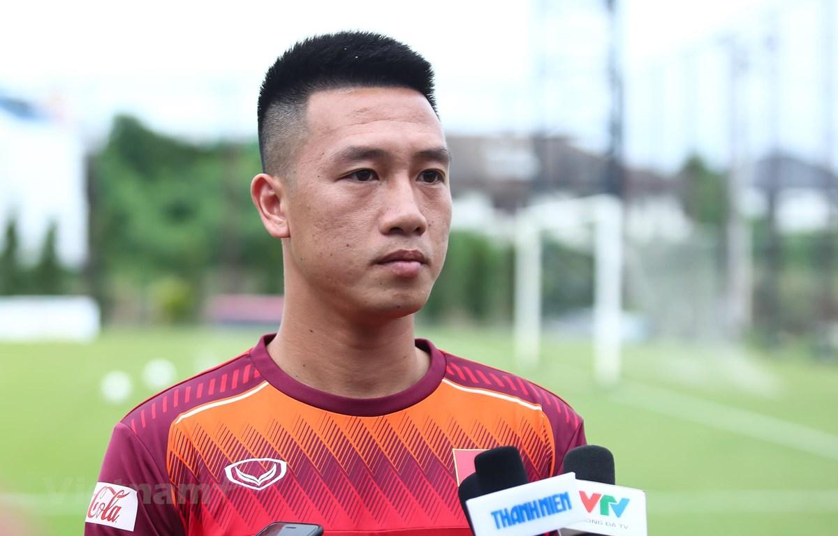 Tiền vệ Huy Hùng cho biết tuyển Việt Nam đã nghiên cứu rất kỹ và có phương án hoá giải đối thủ Thái Lan. (Ảnh: Nguyên An)