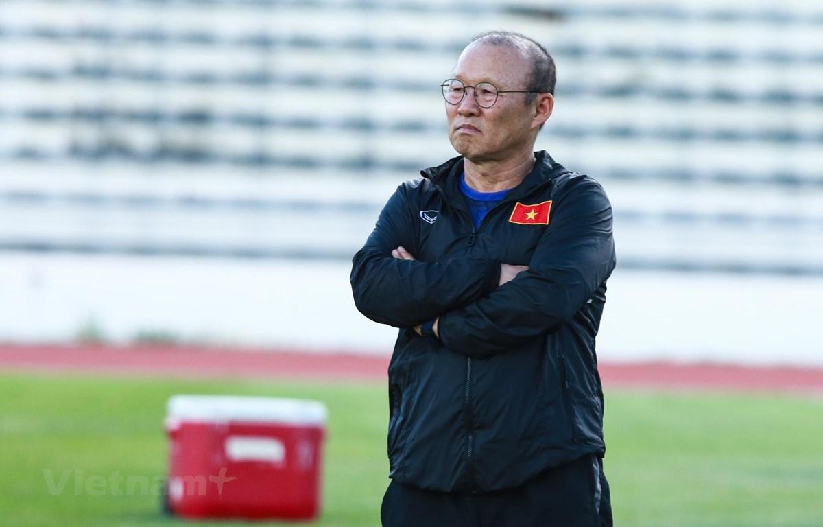 Huấn luyện viên Park Hang-seo chỉ đạo U22 Việt Nam từ xa bởi bận cùng tuyển quốc gia tham dự vòng loại World Cup 2022 tại Indonesia. (Ảnh: Nguyên An)