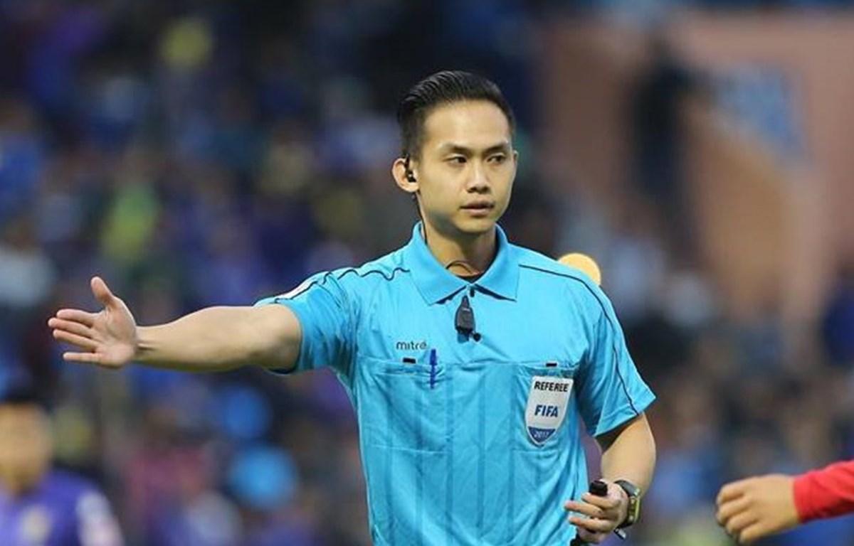 Trọng tài Nathan Chan Rong De.