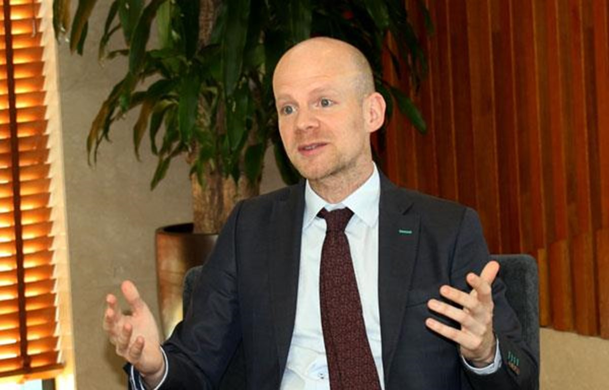 Phó Tổng thư ký FIFA, ông Mattias Grafstrom đánh giá cao sự phát triển mạnh mẽ của bóng đá Việt Nam. (Ảnh: VFF)