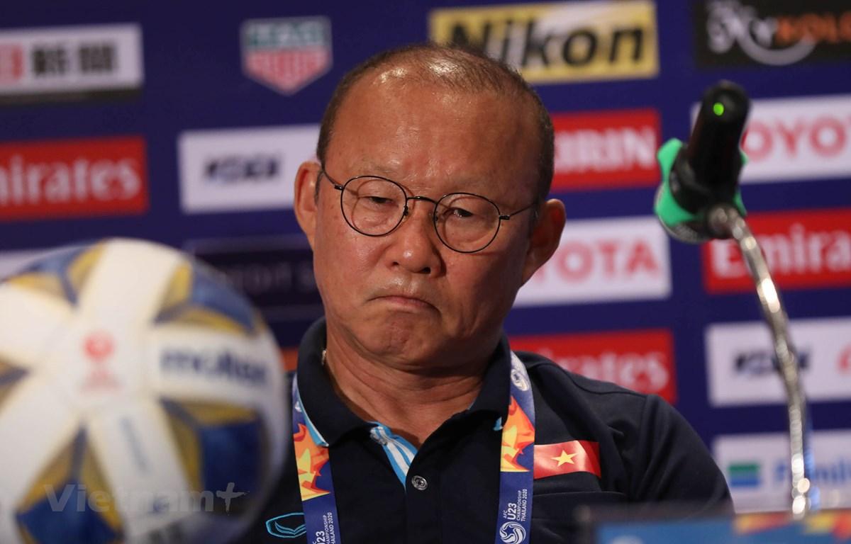 HLV Park Hang-seo cho hay U23 Việt Nam phải chờ đợi vào đối thủ để biết có đi tiếp hay không tại U23 châu Á 2020. (Ảnh: Nguyên An/Vietnam+)