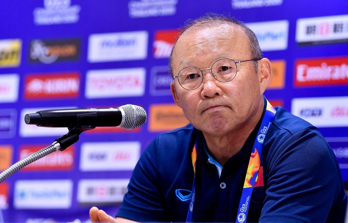 Huấn luyện viên Park Hang-seo buồn bã trong phòng họp báo sau khi U23 Việt Nam bị loại sớm khỏi U23 châu Á 2020. (Ảnh: AFC)