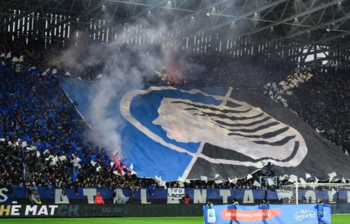Lượng lớn khán giả theo dõi Champions League trên khắp Châu Âu là nguy cơ lớn lây lan dịch COVID-19 nguy hiểm. (Ảnh: Getty Images)