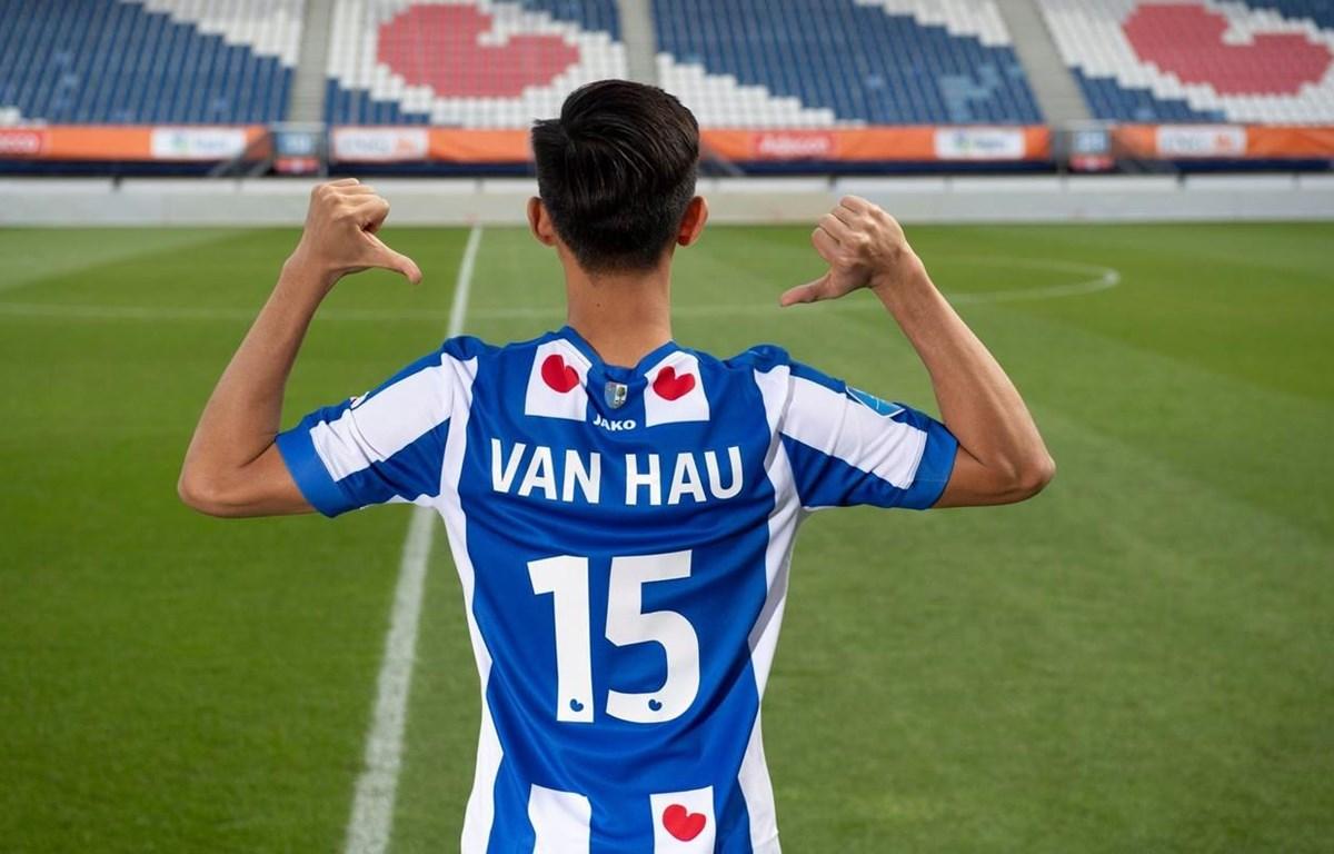 Đoàn Văn Hậu có thể tiếp tục ở lại SC Heerenveen bất chấp khủng hoảng của câu lạc bộ cũng như cả nền bóng đá Hà Lan. (Ảnh: SC Heerenveen)