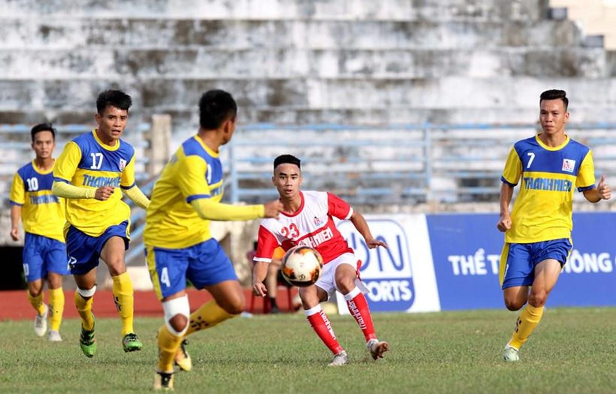 Đội U21 Đồng Tháp (áo vàng) có tới 11 cầu thủ bán độ với số tiền lên tới 150 triệu đồng. (Ảnh: VFF)